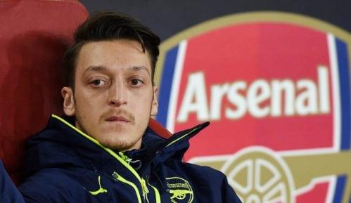 """Mesut Ozil: Fudbaler sa """"dva srca"""" 4"""