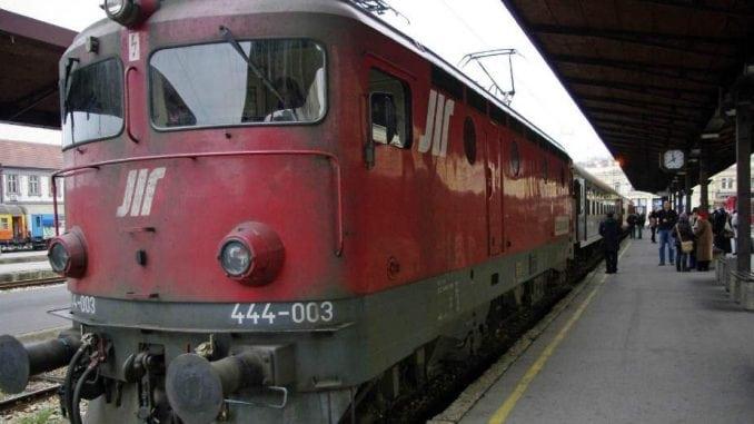 Oko 80 odsto srpskih vozova svakodnevno kasni 1