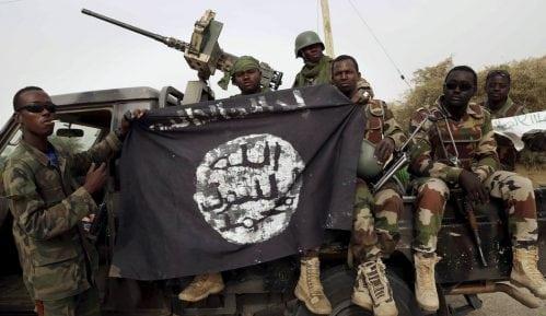 Oružje iz Srbije na snimku pogubljenja žena i dece u Kamerunu 7