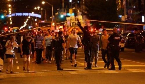 Toronto: devojka ubijena, 13 ranjeno u uličnoj pucnjavi 13