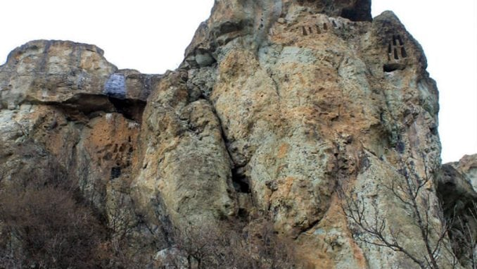 Bugarska: Misterija neobičnih stena 1