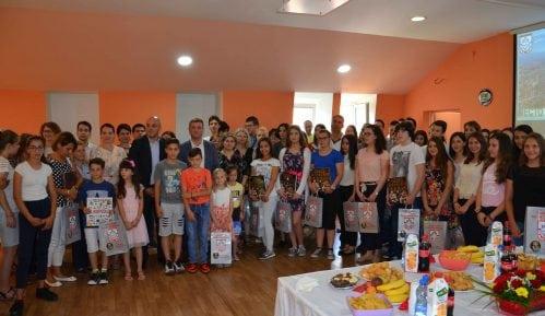 Opština Bela Palanka nagradila najbolje učenike i studente 11