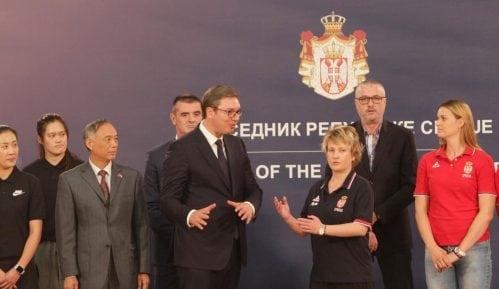Vučić obećao košarkašicama pomoć države u pripremama za učešće na EP 13