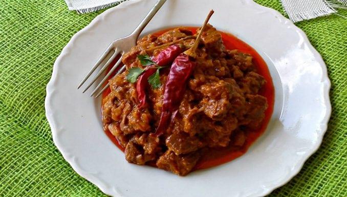 Gulaš (gulyás, slična jela jenija, jenika, janija) 1