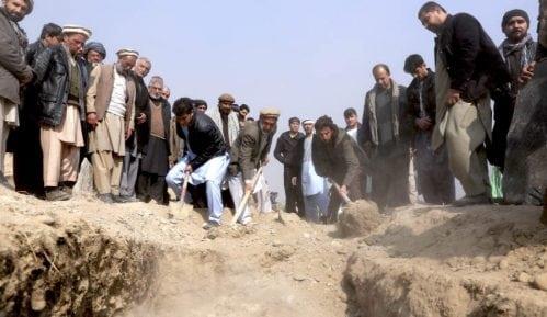 Bombaš samoubica ubio 20 osoba u Avganistanu 5