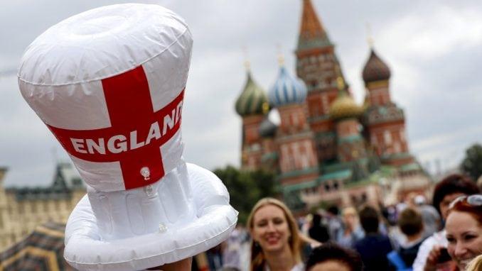 Navijači Hrvatske i Engleske uoči večerašnjeg polufinala (FOTO) 4