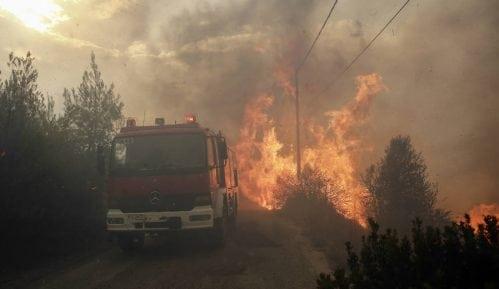 Požari u blizini Atine, Grcima naloženo da napuste domove 14