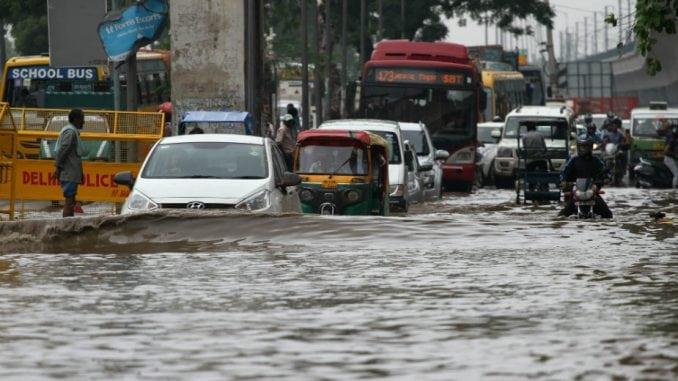 Indija: U kućama srušenim monsunskim kišama 37 mrtvih 2