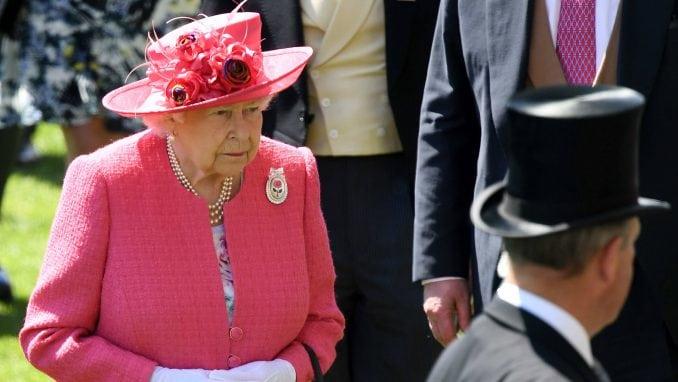 Kraljica Elizabeta: Pobeda će na kraju pripadati svima 2