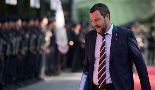 Salvini spreman da ide ove nedelje u Pariz da izgladi krizu 11