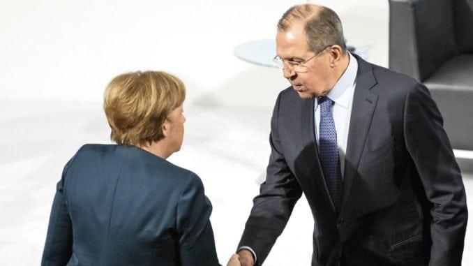 Merkel i Lavrov razgovarali o Ukrajini i Siriji 1