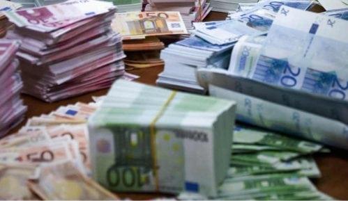 Svaki građanin duguje bankama 1.161 evro 4