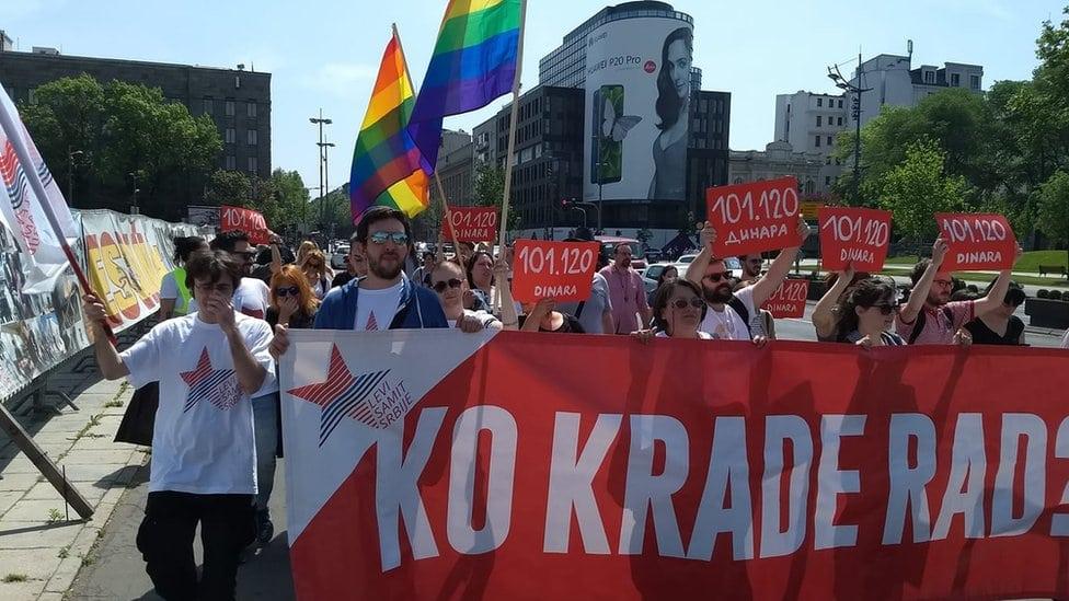 Aktivisti levičarskih pokreta i grupa zajedno sa sindikatima na protestu u Beogradu, 1. maj 2018