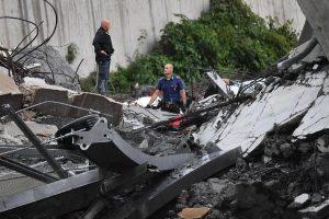 Urušio se most kod Đenove, 35 mrtvih (FOTO) 5
