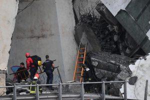 Urušio se most kod Đenove, 35 mrtvih (FOTO) 6