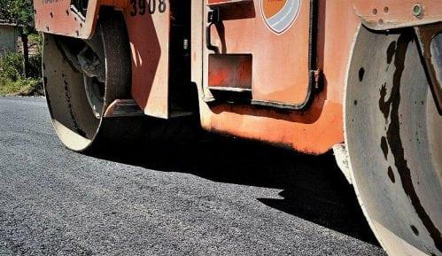 Južne vesti: Za ženu narodnog poslanika asfaltiranje puta o trošku građana 7