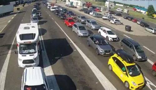 Suvi kolovozi i dobra vidljivost, kamioni na Horgošu čekaju šest sati 14