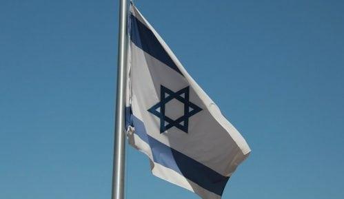 Istraga zbog podizanja izraelske zastave na fabričkom dimnjaku u Nemačkoj 13