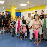 """NBA košarkaši u poseti mališanima Instituta za onkologiju i """"Tiršove"""" 7"""
