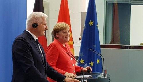 Marković i Merkel saglasni o granicama na Balkanu 6