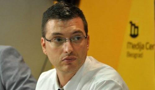 Pinter: Azdejković zloupotrebljava svoje članstvo u UNS 11