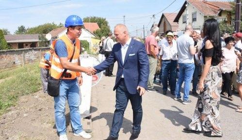 Vesić: Batajničko naselje Šangaj dobija vodovod 14