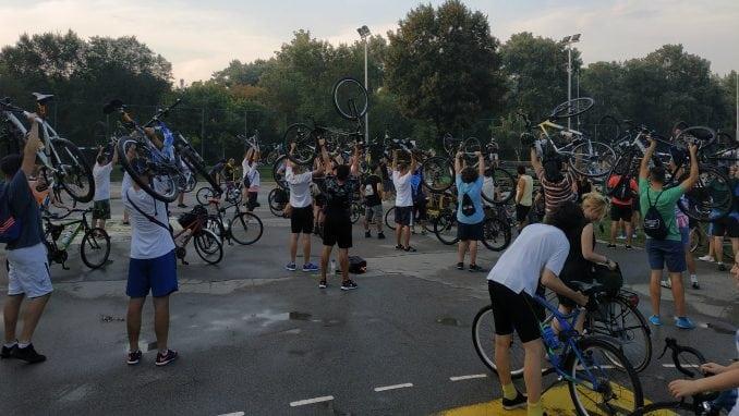 """Biciklisti Beograda u subotu na Adi Huji sade """"biciklističko drvo"""" 3"""