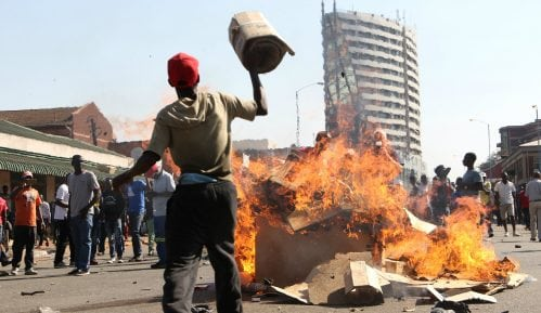 Zimbabve: Poginulo šest osoba u masovnim protestima 8
