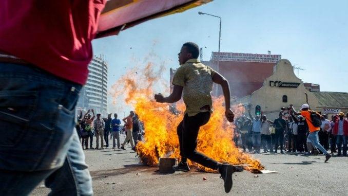Zabrinutost SAD i Britanije zbog Zimbabvea 1