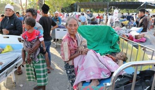 U Indoneziji dosad 98 žrtava 5
