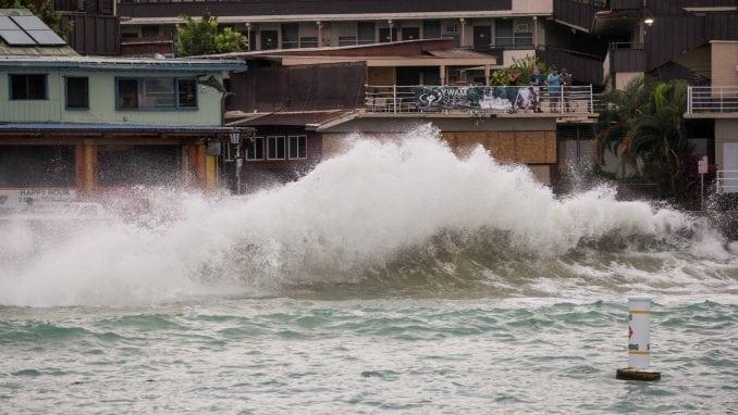 """Uragan """"Lejn"""" obrušio se na Havaje, Tramp proglasio vanrednu situaciju 2"""