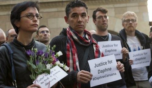 Porodica ubijene novinarke traži javnu istragu 11