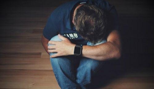 Oko hiljadu ljudi godišnje pokuša samoubistvo 10