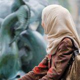 Muslimanka koja je odbila rukovanje dobila sudski spor u Švedskoj 2