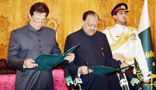 Kan preuzeo dužnost premijera Pakistana 6