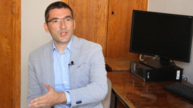 Parović: Još nije vreme za konačno rešenje o KiM 1