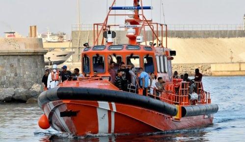 Španska pomorska služba spasila 447 migranata 11