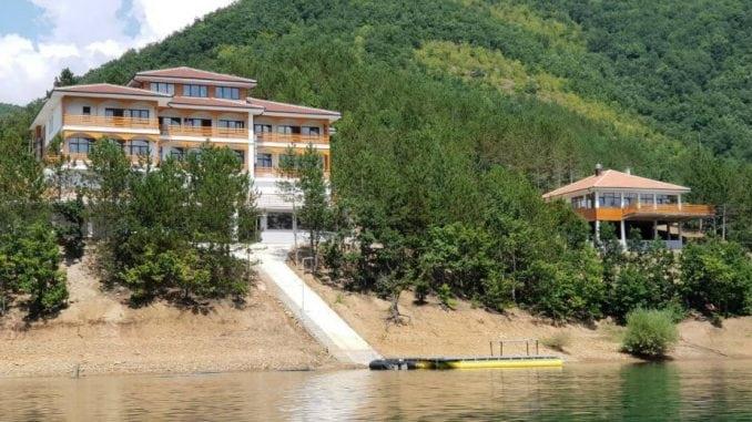 Vučić na Gazivodama otvorio nepostojeći centar 1