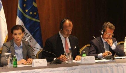 Ustav našminkan evropskim standardima 11
