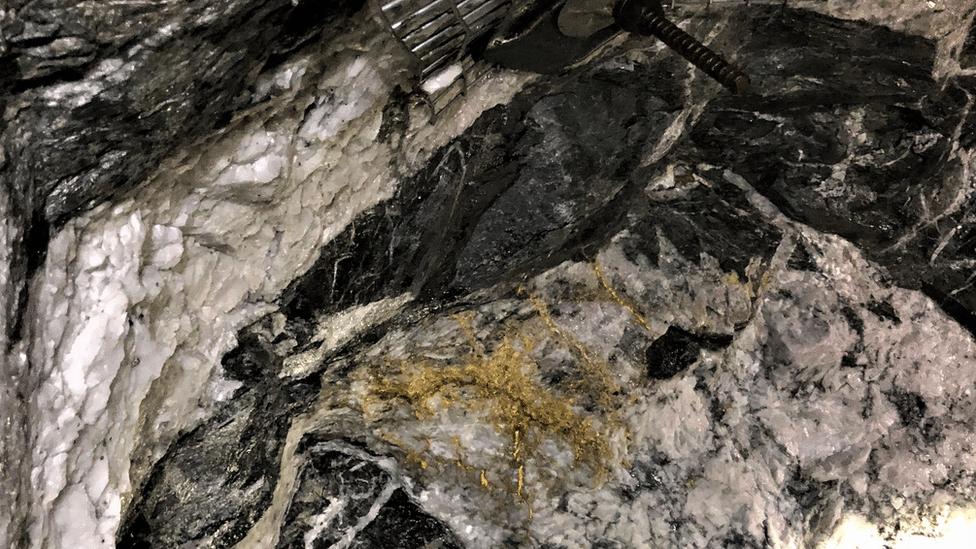Zlato u rudniku Beta Hant