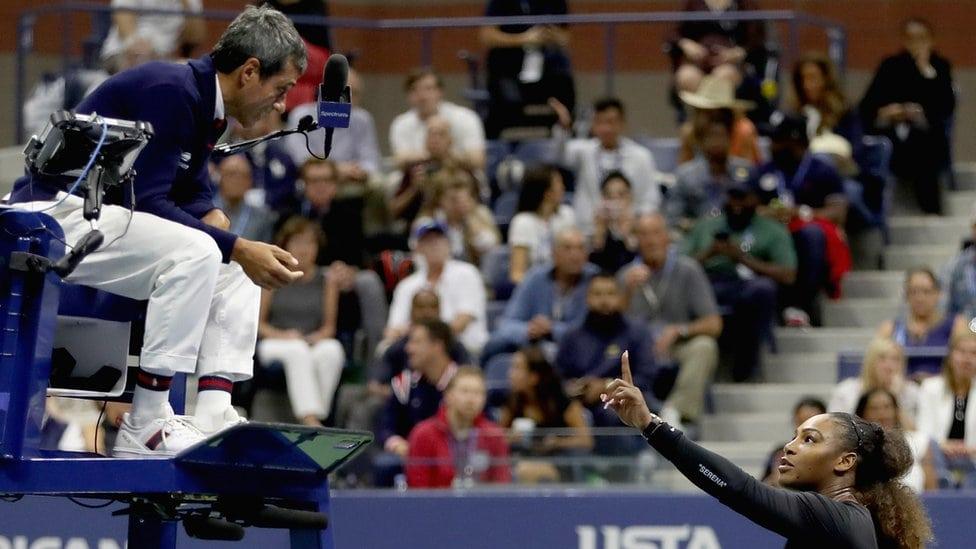 Serena Vilijams i sudija na finalu US Opena