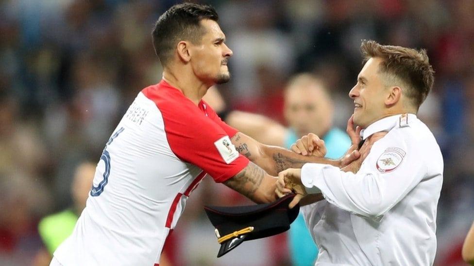 Dejan Lovren je zgrabio Verzilova jer je prekinuo utakmicu