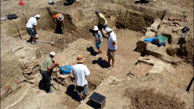 Svetski arheolozi u legijskom logoru Viminacijum 1