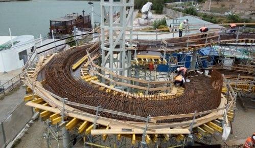 Vesić: Za mesec i po dana završava se prva faza izgradnje pasarele 4