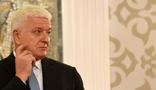 Predsednik Vlade Crne Gore formirao ekspertski tim za razgovore sa SPC 6