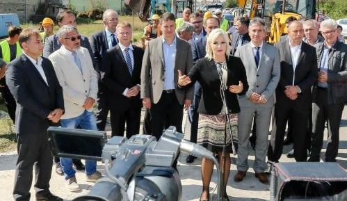 Mihajlović: Više od 3.000 radnih mesta otvoreno u Pčinjskom okrugu 13