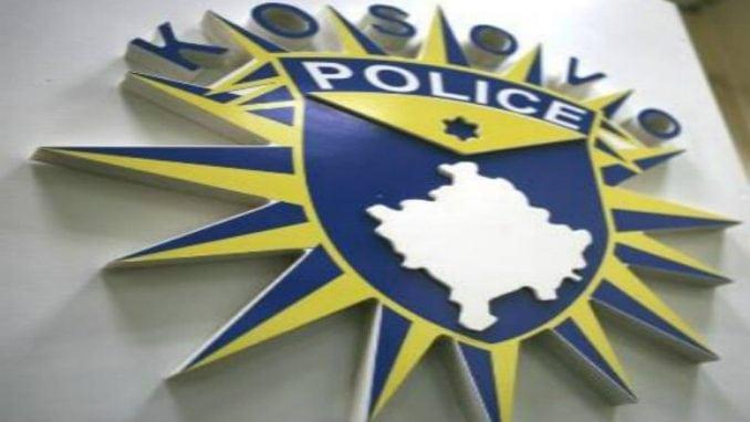 """Policija Kosova razmatra nove činjenice povodom izgorelog auta """"Vremena"""" 1"""