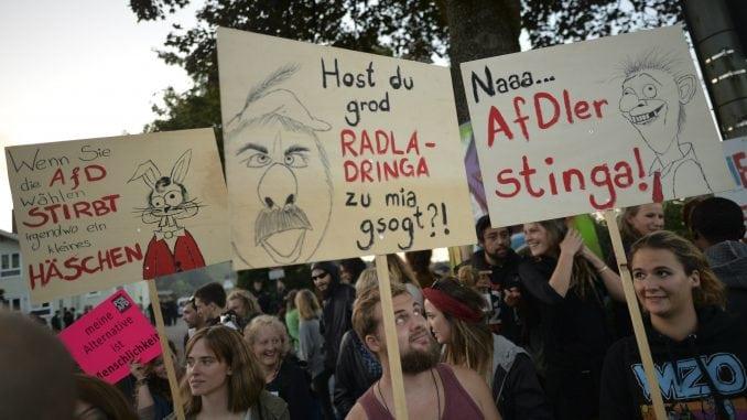 Alternativa za Nemačku prestigla levi centar Socijal demokrata 2