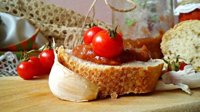 Recept nedelje: Umak od plavog i crvenog paradajza 4