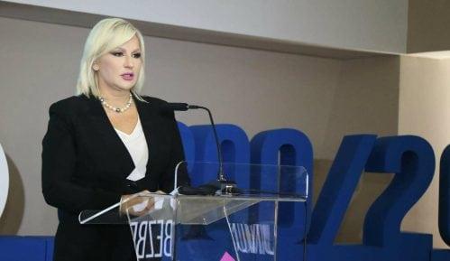Mihajlovićeva devojkama: Prijavite seksualno uznemiravanje 9